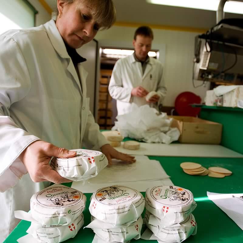 Chevrotin-AOP_fromage-de-chevre_page-fabrication_etape-10